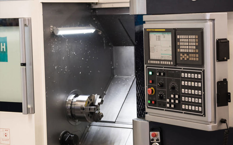 The Difference Between Cnc Lathes And CNC Turning Centers