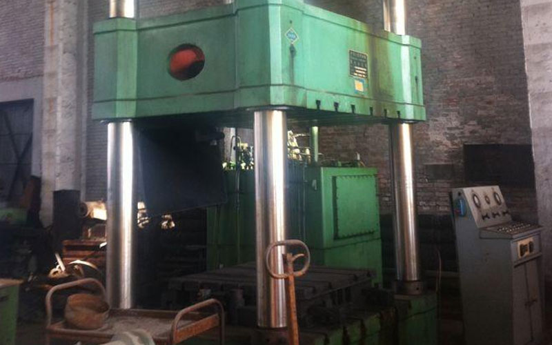 Selection-of-machining-tools-in-CNC-machining-center